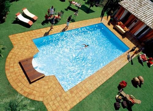 Las piscinas prefabricadas solucion rapida y economica for Piscinas rectangulares