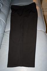 celana panjang tampak samping