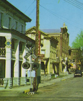 Frenchtown New Jersey 1960's Closeup