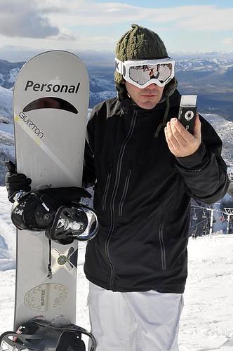 Personal ofrece un servicio de GPS en Cerro Catedral
