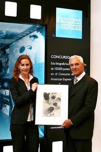 Nadine Pavlovsky, VP de Marketing de American Express, junto con Eduardo Constantini, Presidente de la Fundación E. Constantini