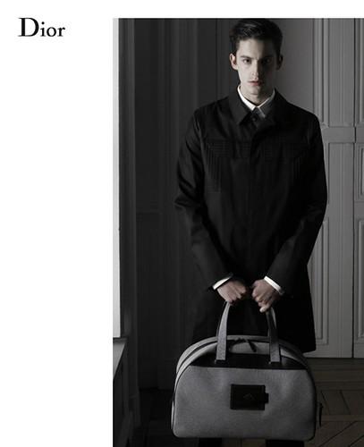 Civiles - Emilio Alix para Dior