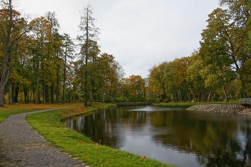 Taujėnų dvaro parkas