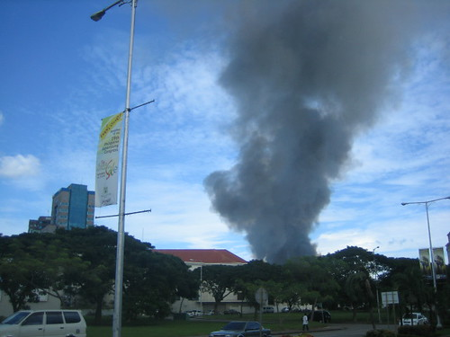 The same Mabolo fire seen from the Cebu Business Park