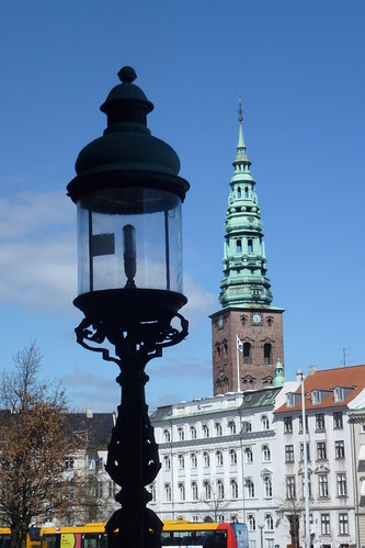 Nikolaj kirketårn set fra Christiansborg
