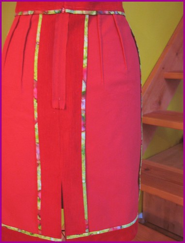 seams of red cord straight skirt