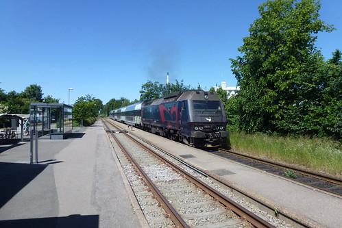 Nykøbing F.-toget på Gadstrup station