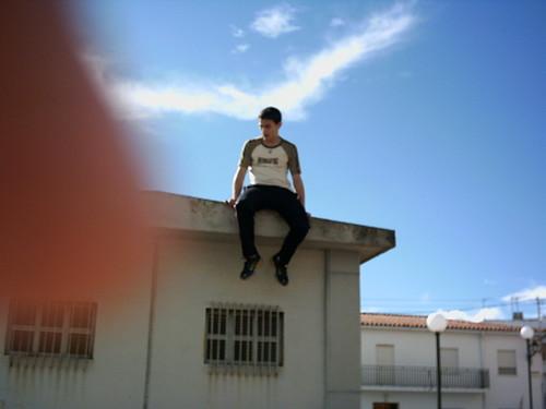 Yo, subido al tejado.