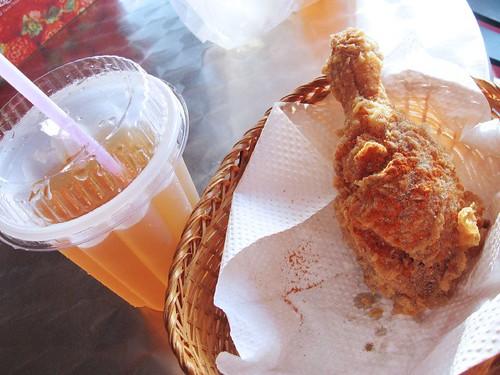 fried chicken and 冬瓜 lemon drink