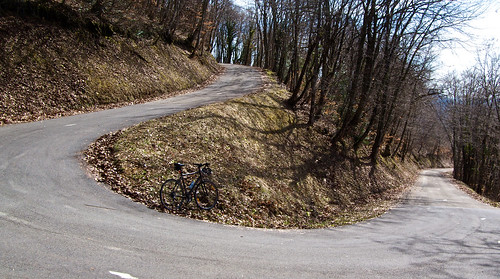climbing Col du Clergeon