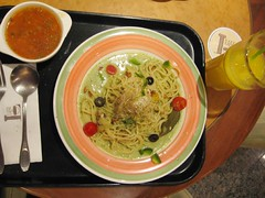12-17-05 lunch-4