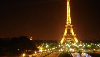 Desde el Trocadero, de noche.