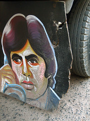 Amitabh on Auto rickshaw mud paddle