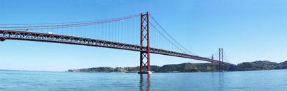 April_25_Bridge,_Lisbon