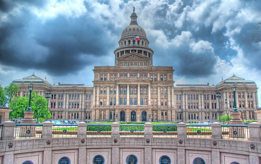 Capitol Sans W