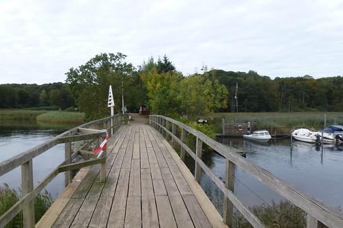 Broen med grænsepladen