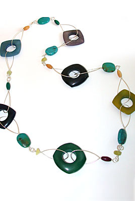 loop_tagua_necklace