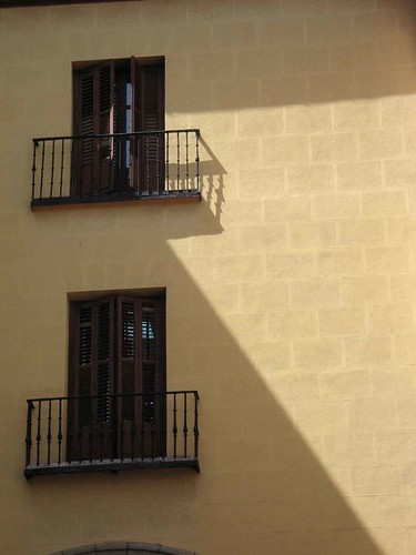 Windows near Plaza Mayor