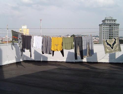 Lava roupa todo dia... (it's written Boy London)