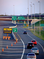 Detour ---->