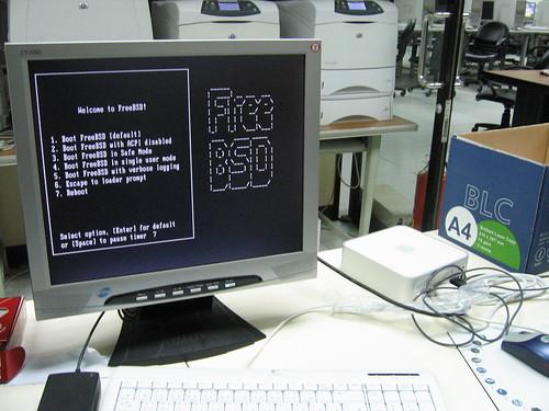 FreeBSD Boot on Mac Mini