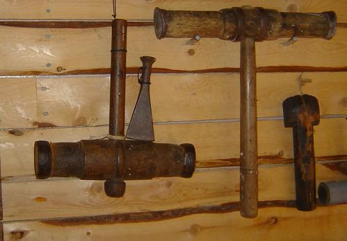 caulking tools