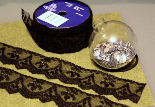 Sequin & Lace Holiday Ornament
