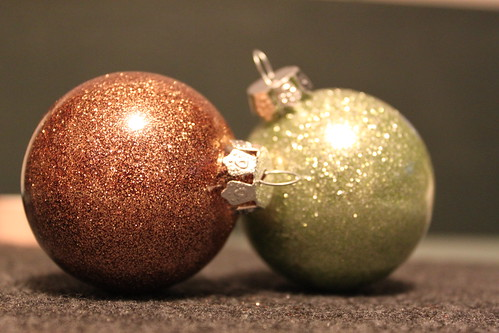 No Mess Glitter Ornament