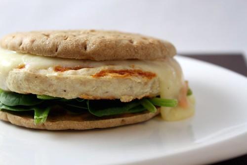Turkey Burger w/ Spinach & Fontina
