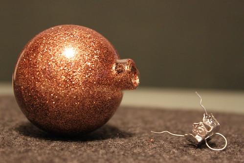 No Mess Glitter Ornament