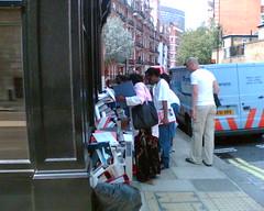 pavement rubbish