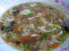 hot and sour soup- 酸辣湯