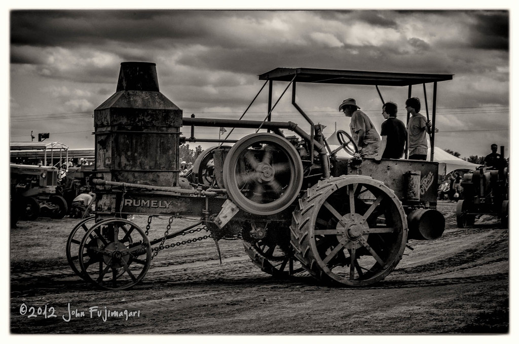 Rumely Oil Pull
