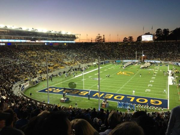 UCLA Football vs. Cal 2012 - stadium shot