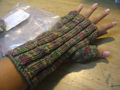 candy-green-gloves