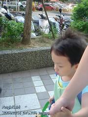 20061018_075246_tn