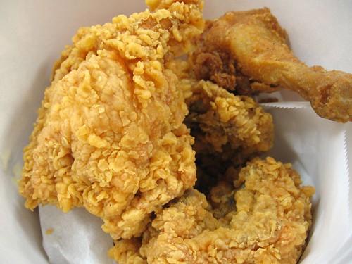 KFC 6pcs chicken bucket