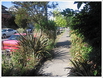 vancouvers footpath gardens