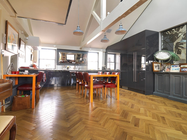 Shop Parquet Flooring   FlooringSupplies co uk Traditional Solid Oak Parquet Blocks Rustic Grade Unfinished