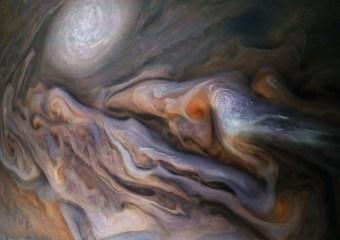 Misteriosa 'criatura' vista en las nubes de Júpiter aturde a la NASA, entusiastas del espacio
