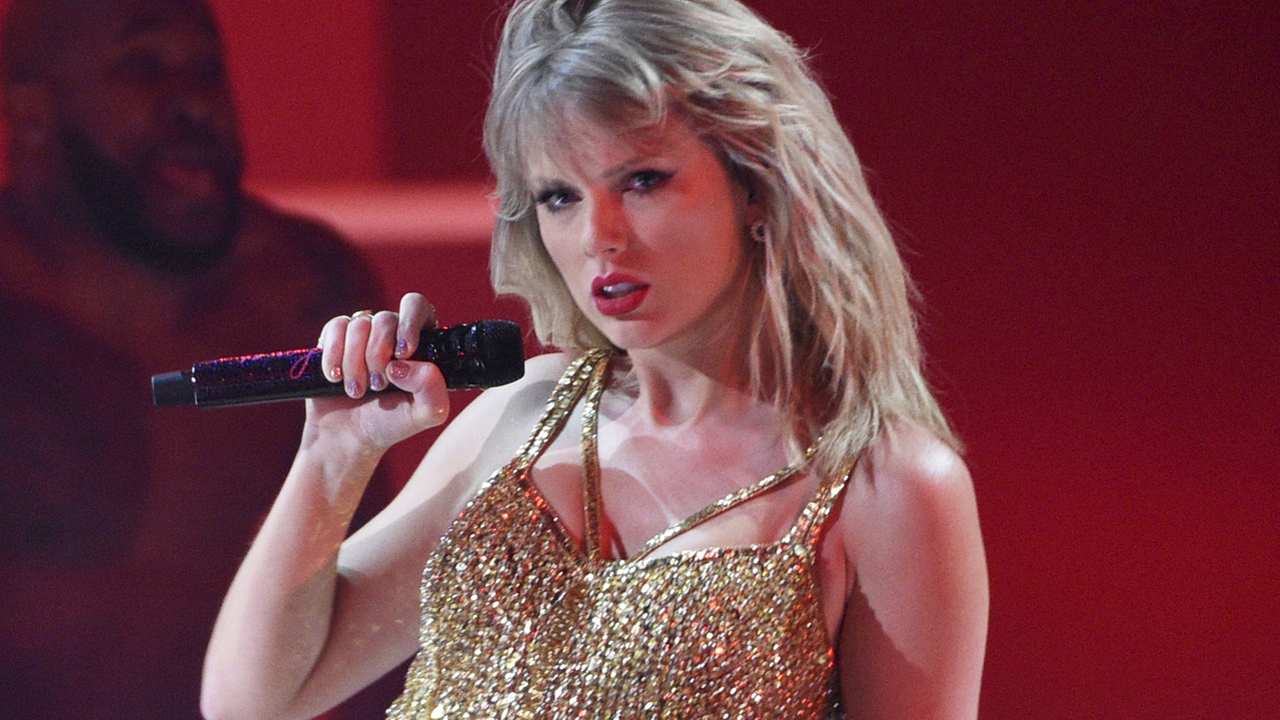 Taylor Swift S Re Recorded Albums Will Be Eligible For Grammys Prompting Mixed Criticism Greed Lovebylife