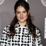Shailene Woodley sends fans into frenzy with Instagram photo of baby feet: 'That a random baby?' 💥👩💥