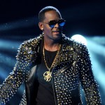 Man testifies against R. Kelly in sex-trafficking trial, claims singer exploited him as a teen 💥👩💥