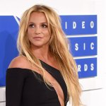 Britney Spears' ex-manager leaks 2009 voicemails he claims are her begging to be let out of conservatorship 💥👩💥