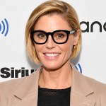 'Modern Family' actress Julie Bowen and her sister rescued a woman who fainted on a hike in Utah 💥👩💥