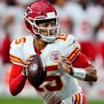 Henne, Buechele throw TD passes, Chiefs beat Cardinals 17-10 💥💥