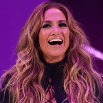 Jennifer Lopez wows with MTV VMAs look days after making red carpet debut with Ben Affleck: 'Let's go' 💥👩💥