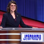 Mayim Bialik's 'Jeopardy!' goal is to maintain the integrity of the show following Mike Richards' exit 💥👩💥