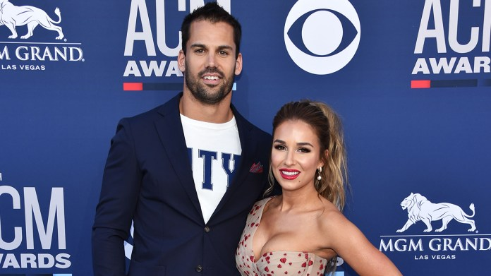 Watch Jessie James Decker, Eric Decker pack on the PDA throughout seaside day: 'Make out buddy' – Fox Entertainment News
