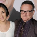 Robin Williams' daughter pleads with fans to stop 'spamming' her with viral impression of her father 💥👩💥
